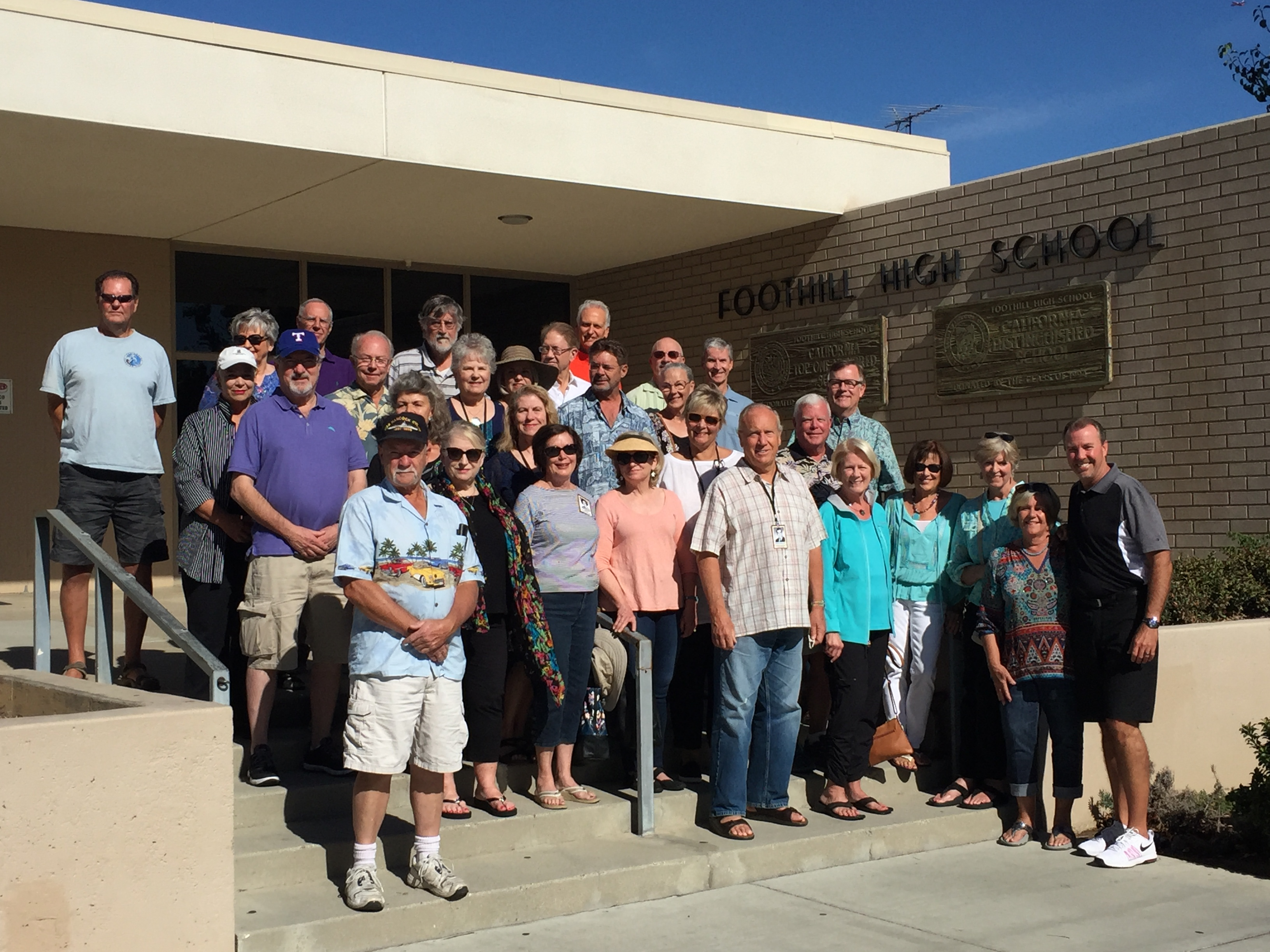 Class of 1966 Visits FHS